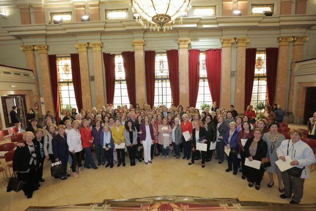 El Ayuntamiento respalda la actividad diaria de más de 12.000 murcianas en cada uno de los 72 Centros de la Mujer - 1, Foto 1