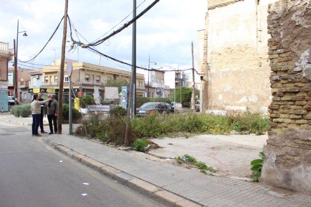 Cs recoge la indignación de los vecinos de Santa Lucía por el bloqueo de todos los proyectos prometidos para el barrio - 1, Foto 1