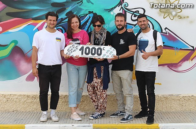 Ministers of Air delivers a € 1,000 donation to the Cazalla Intercultural Association of Lorca - 1