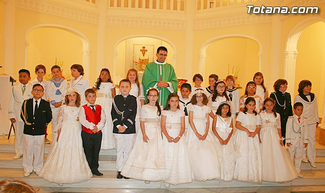 "Children of 3rd grade of the ""La Milagrosa"" School celebrated a Eucharist in the Chapel of the College"