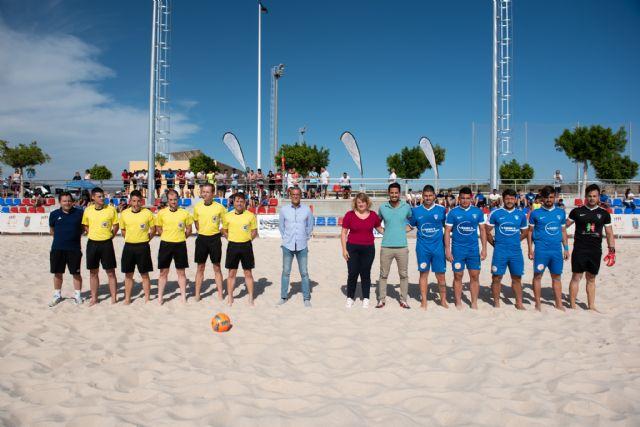 La liga nacional de fútbol playa estrena las nuevas instalaciones del complejo deportivo, Foto 2