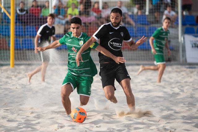 La liga nacional de fútbol playa estrena las nuevas instalaciones del complejo deportivo, Foto 3