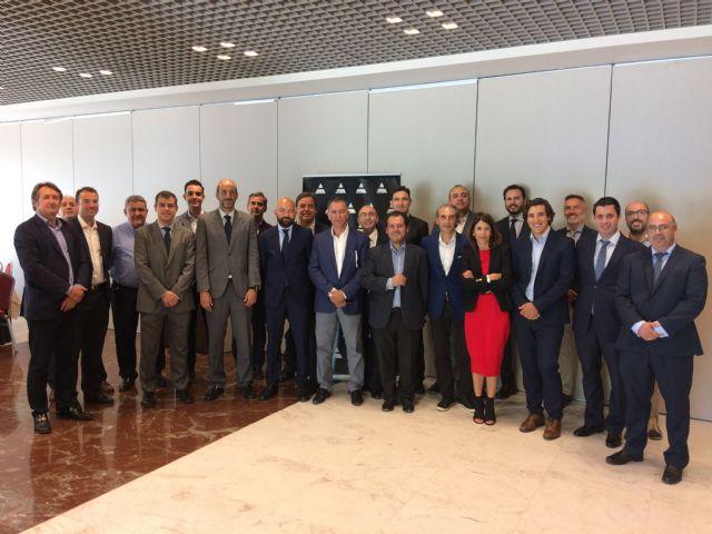 Jaime García-Legaz afirma en un encuentro empresarial con Adimur que el aeropuerto comenzará a operar el 15 de enero de 2019 - 1, Foto 1