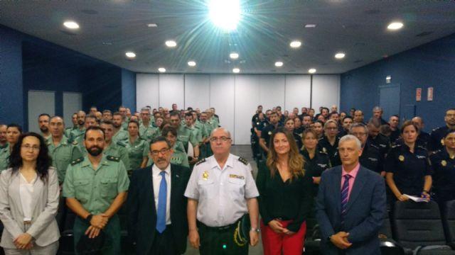 La Delegación del Gobierno forma a un centenar de agentes en valoración policial de riesgo para casos de violencia de género, Foto 1