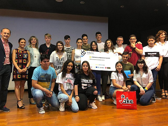 Students from the Reina Sofía school have received the prize for Social solidarity from the Ministry of Education - 1