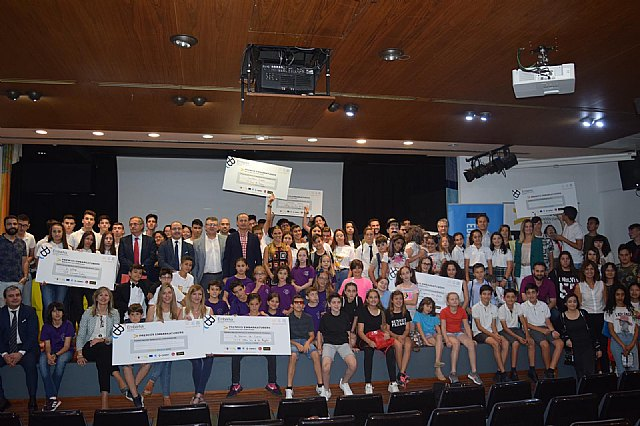 Students from the Reina Sofía school have received the prize for Social solidarity from the Ministry of Education - 7