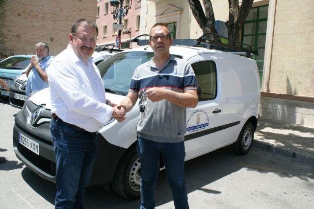 Se adquieren tres nuevos vehículos-furgonetas para el Servicio Municipal de Aguas con el fin de mejorar y ampliar la flota, Foto 3