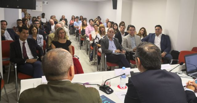 La Cátedra de RSC de la UMU presenta el estudio sobre percepciones de RSC de los consumidores de la Región de Murcia - 2, Foto 2
