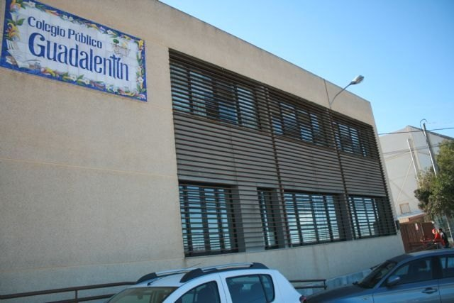 The Plenary approves to carry out the rehabilitation and repair of the entrances to the Guadalentín School of El Paretón-Cantareros