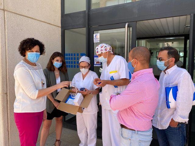 La campaña solidaria aporta 4 termómetros infrarrojos y 1 equipo portátil de saturación de oxígeno en sangre al centro médico de Puerto Lumbreras - 1, Foto 1