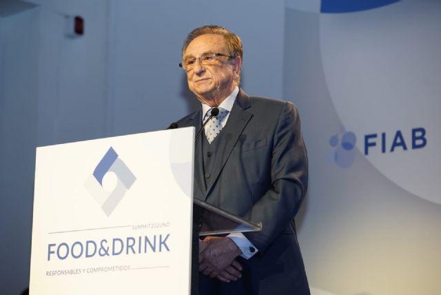Tomás Fuertes recibe el Reconocimiento de FIAB por su entrega y contribución al impulso del sector agroalimentario español, Foto 3