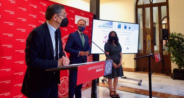 Especialistas de las mejores instituciones de Economía del mundo se dan cita en la Universidad de Murcia - 1, Foto 1