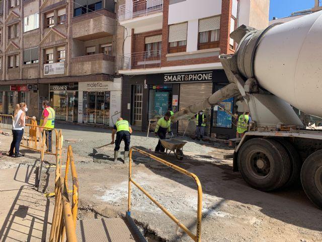 El Ayuntamiento de Águilas bonificará a los comercios y establecimientos de hostelería de las calles afectadas por las obras de peatonalización y plataforma única - 1, Foto 1