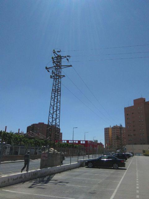 El PSOE pide el soterramiento de la línea de alta tensión que existe frente a la estación de autobuses de Lorca - 3, Foto 3
