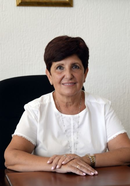 Carmen Robles toma posesión como decana de la facultad de Medicina - 1, Foto 1