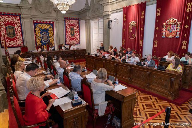 La Corporación aprueba las retribuciones de los concejales, las comisiones informativas y sus representantes en entidades y organismos - 1, Foto 1