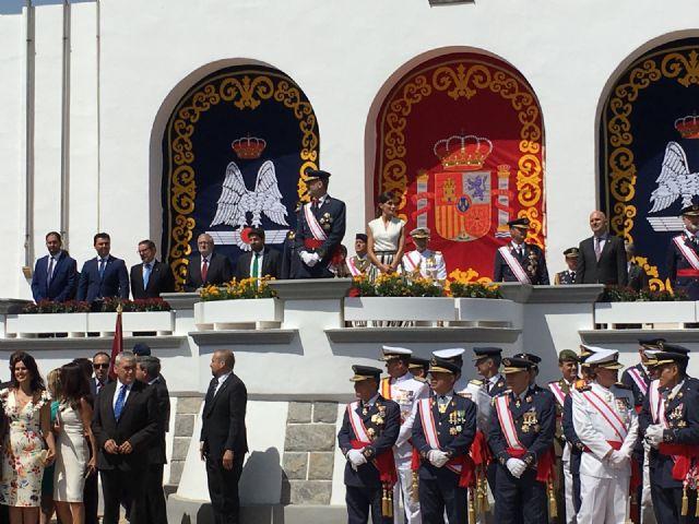 Los Reyes presiden en San Javier la entrega de despachos a los 99 nuevos Tenientes del Ejército del Aire en la AGA - 5, Foto 5