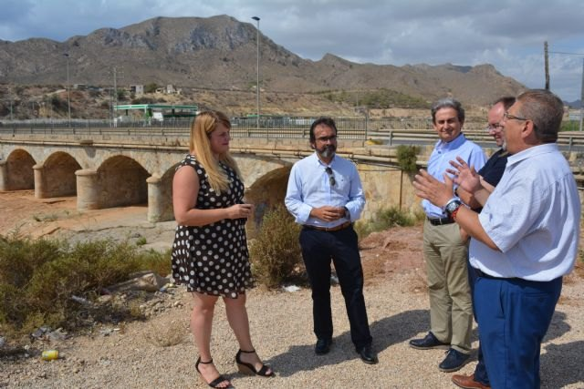 Fomento reforzará la seguridad del puente sobre la rambla de Las Moreras en Mazarrón, Foto 1
