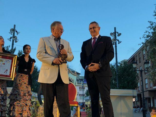 ELPOZO ALIMENTACIÓN recibe el premio Pencho Cros al mecenazgo, Foto 1