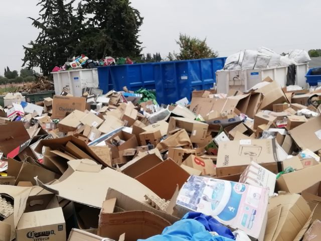 Debris from minor works, bulky, wood and appliances are the most deposited household waste in the municipal ecopark during 2018