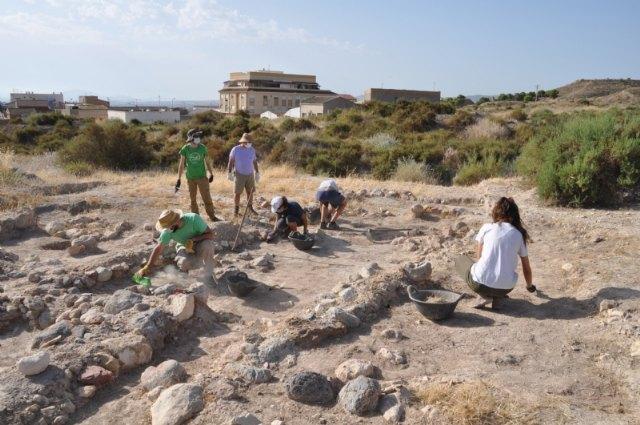 Finalizan los trabajos de mantenimiento y restauración en el yacimiento arqueológico de Las Cabezuelas - 4, Foto 4