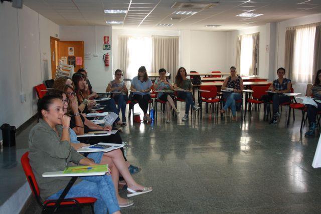 Comienza la formación en lengua de signos en Moratalla - 1, Foto 1