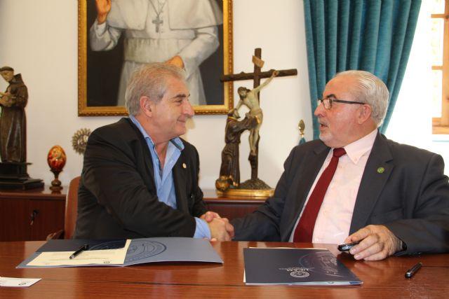 La UCAM cierra un nuevo acuerdo con la Escuela de Negocios de Navarra - 1, Foto 1
