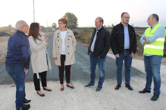Finalizan las obras de acondicionamiento del firme del camino de Román - 2, Foto 2