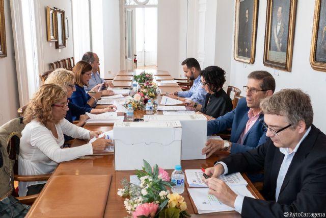 La Junta de Gobierno aprueba un proyecto para contratar a 28 parados de larga duración para la adecuación de espacios públicos en el municipio - 1, Foto 1