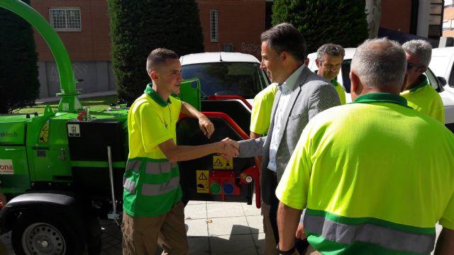 Lorca apuesta por potenciar sus zonas verdes con un 50% más de operarios para su mantenimiento y plantando más de 400 árboles, 10.000 arbustos y 150.000 flores de temporada - 1, Foto 1