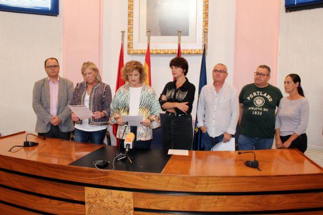 Alcantarilla conmemora el Día Internacional de la Niña, con la lectura de una Declaración Institucional por todos los grupos municipales en el Ayuntamiento - 2, Foto 2