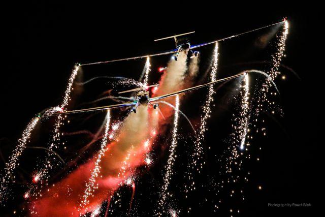 Exhibición Aérea Nocturna - 1, Foto 1