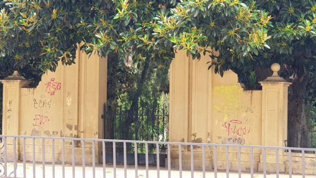 El equipo socialista tiene el patrimonio de Murcia abandonado y en un lamentable estado de suciedad - 1, Foto 1