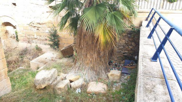 El equipo socialista tiene el patrimonio de Murcia abandonado y en un lamentable estado de suciedad - 3, Foto 3