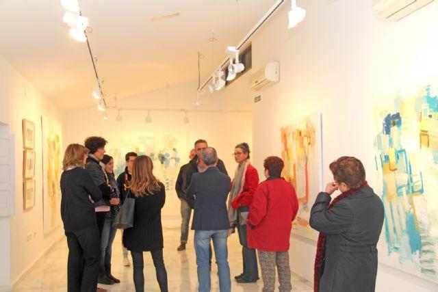 El artista Emilio Pascual presenta su exposición de pintura La maleta del náufrago en Puerto Lumbreras - 2, Foto 2
