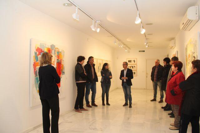 El artista Emilio Pascual presenta su exposición de pintura La maleta del náufrago en Puerto Lumbreras - 3, Foto 3