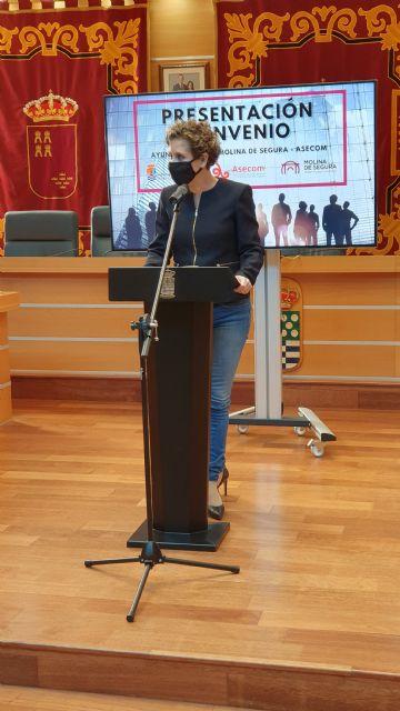 El Ayuntamiento de Molina de Segura y ASECOM firman un convenio con el objetivo de promocionar y fomentar el emprendimiento en el municipio - 3, Foto 3