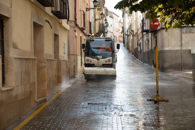 El Ayuntamiento de Caravaca realiza actuaciones intensivas de limpieza y desinfección progresivamente y de forma semanal por barrios y pedanías - 3, Foto 3