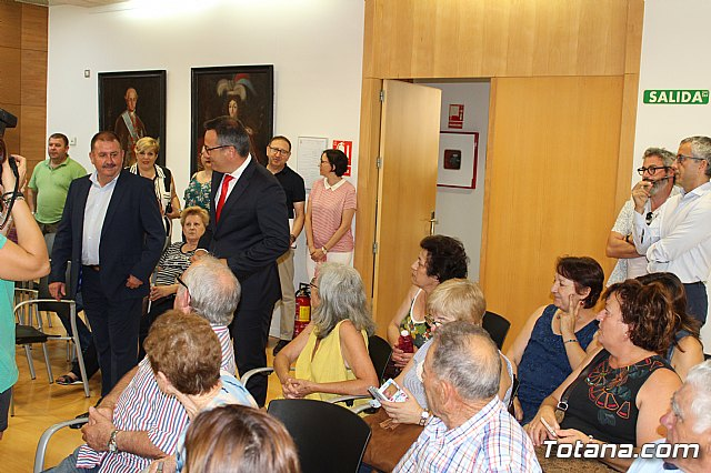 Diego Conesa anuncia una modificación del trazado del Corredor Mediterráneo en Totana para minimizar el impacto sobre los vecinos - 8