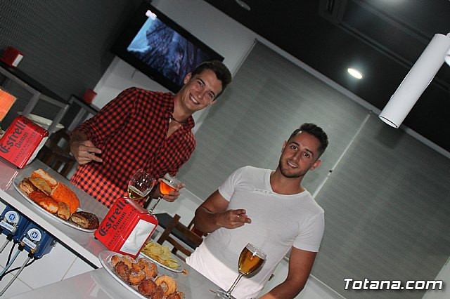 Abre sus puertas Las Lomas Café Bar - 5