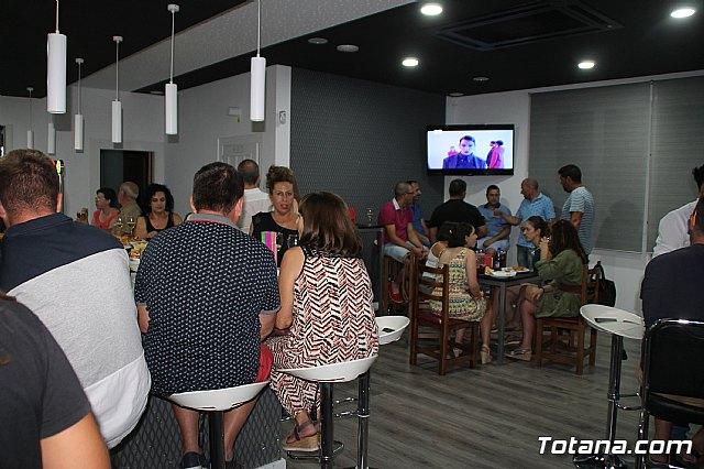 Abre sus puertas Las Lomas Café Bar - 11