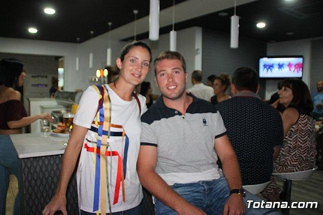 Abre sus puertas Las Lomas Café Bar - 12