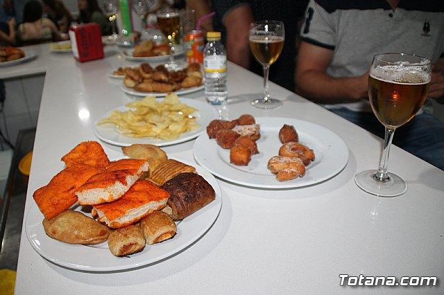 Abre sus puertas Las Lomas Café Bar - 13