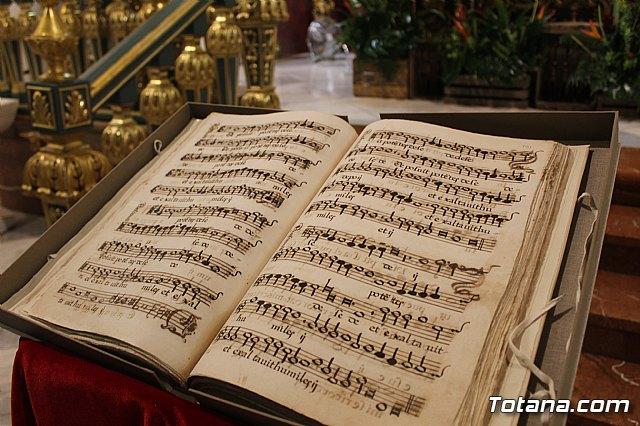 Se presenta el Manuscrito Musical descubierto en el verano del 2017 en la parroquia de Santiago El Mayor - 1