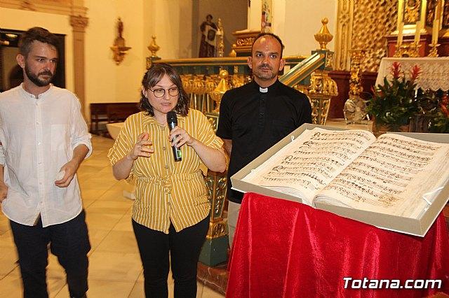 Se presenta el Manuscrito Musical descubierto en el verano del 2017 en la parroquia de Santiago El Mayor - 17