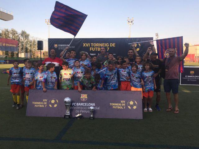 La Peña Barcelonista de Totana conquista Barcelona - 3