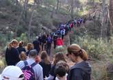 Numerosas personas toman parte en la ruta solidaria por Sierra Espuña a favor de D´Genes