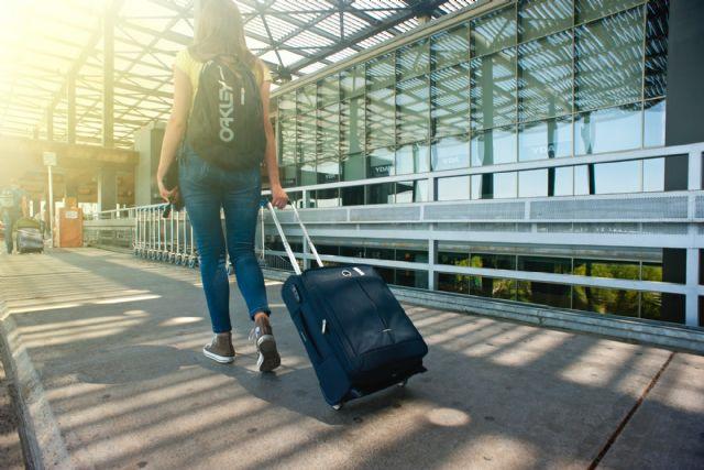 González Laya reitera el llamamiento a evitar viajes que no sean esenciales y al regreso de los turistas españoles - 1, Foto 1
