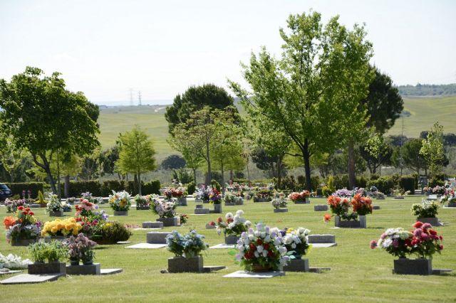 El entierro, una opción más rápida y cercana para despedir a los fallecidos, incluidos los Covid-19 - 1, Foto 1