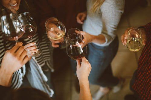 Delivinos Urban Gourmet presenta 5 vinos para llevar a casas de amigos - 1, Foto 1